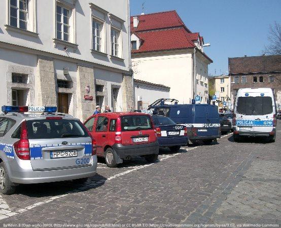 Policja Bełchatów: Zero ofiar śmiertelnych w wypadkach drogowych - promujemy bezpieczeństwo na drodze